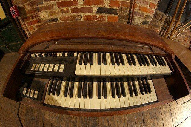 Hammond organ songs