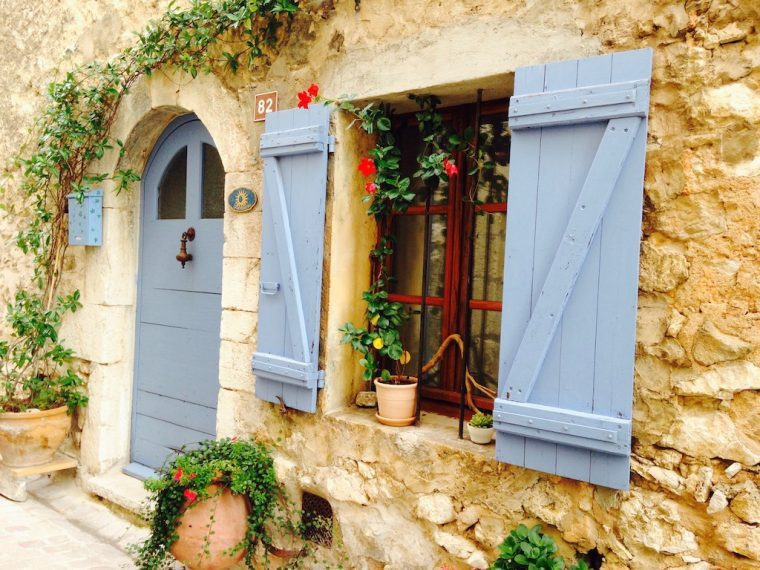 tiny house in Tourrettes Sur Loup, France